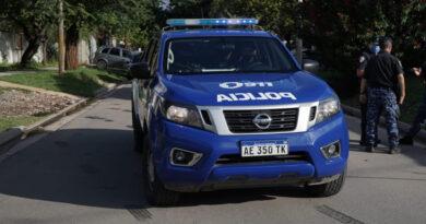 En Brinkmann: logra la policía recuperar un cuadro de motocicleta y se investiga la sustracción de un automóvil.