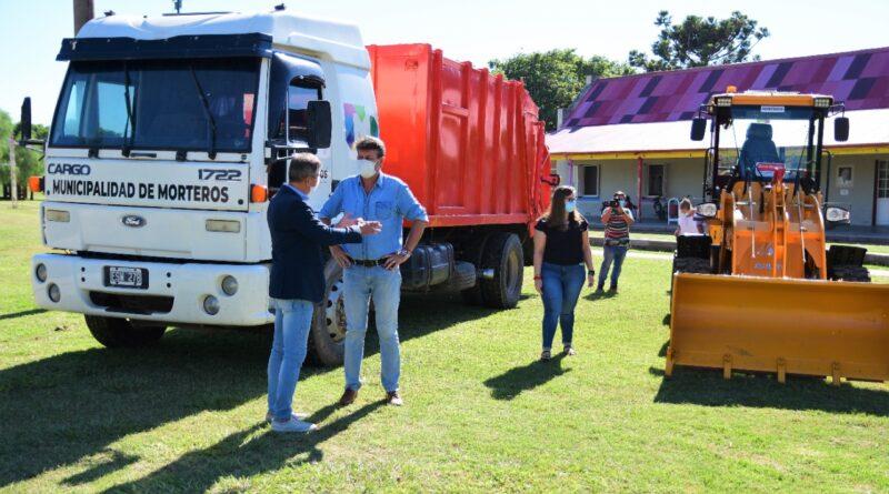 Municipalidad de Morteros adquirió un camión, un acoplado y una pala cargadora para mejorar los servicios.